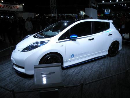 札幌モーターショー2012 04日産LEAF NISMO Concept.jpg
