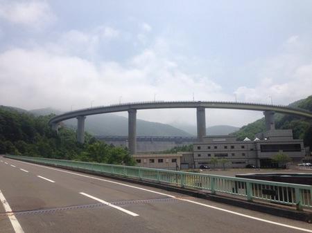 IMG_1076 朝里ダム ループ橋.jpg
