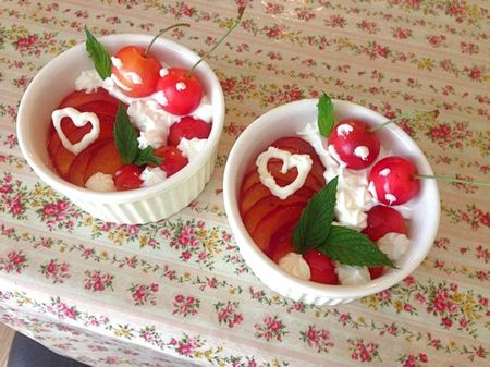 IMG_1113 レアチーズケーキ タルト サクランボ プラム.jpg